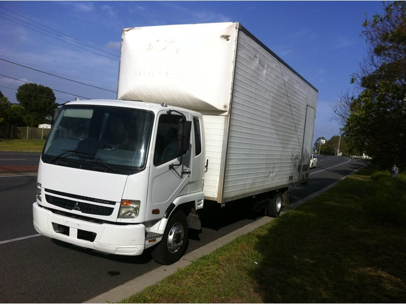 fuso fighter 160632 001