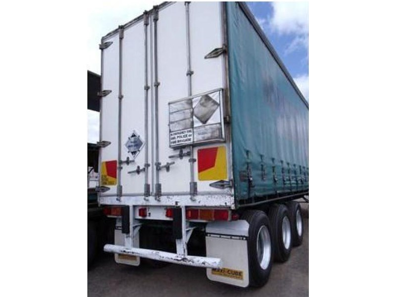 freighter tri axle 40ft curtainside trailer 164029 013