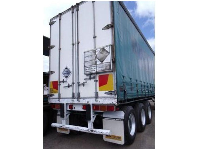 freighter tri axle 40ft curtainside trailer 164029 015