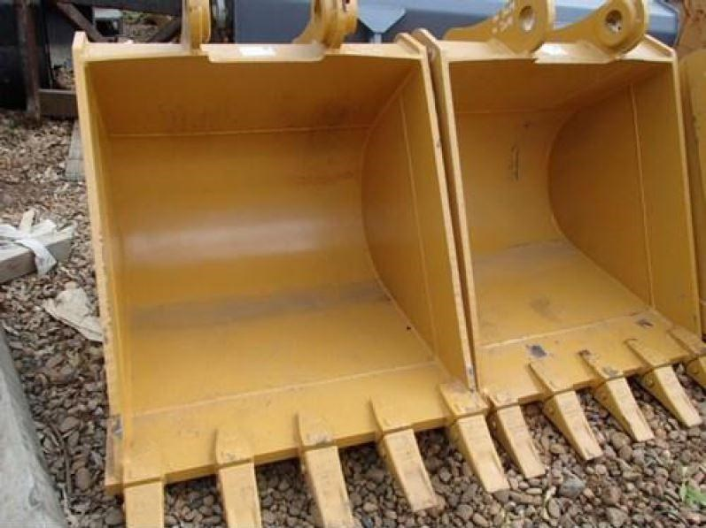 various excavator buckets to suit 20 - 22 tonn 171905 002
