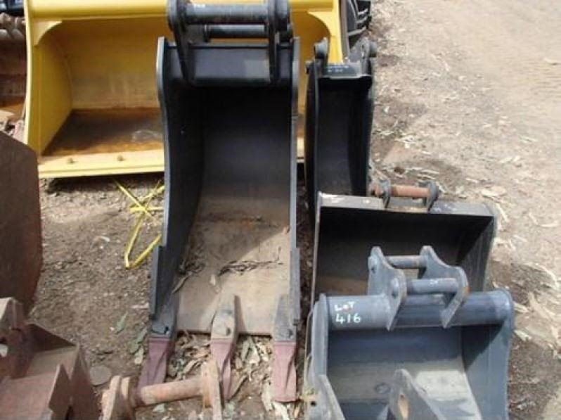 various excavator buckets to suit 20 - 22 tonn 171905 003
