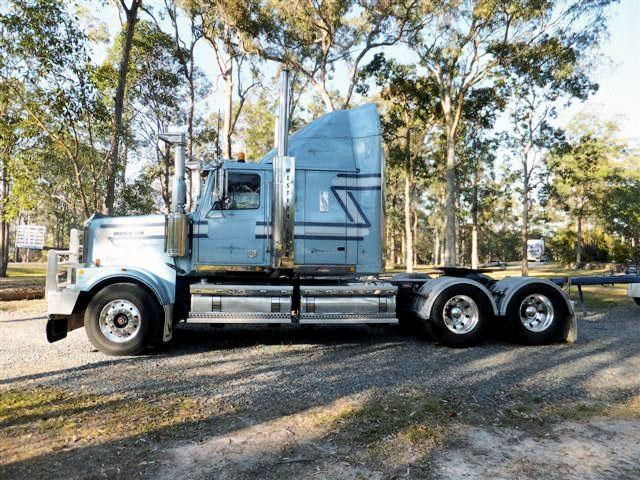 western star 4964 constellation 175605 001
