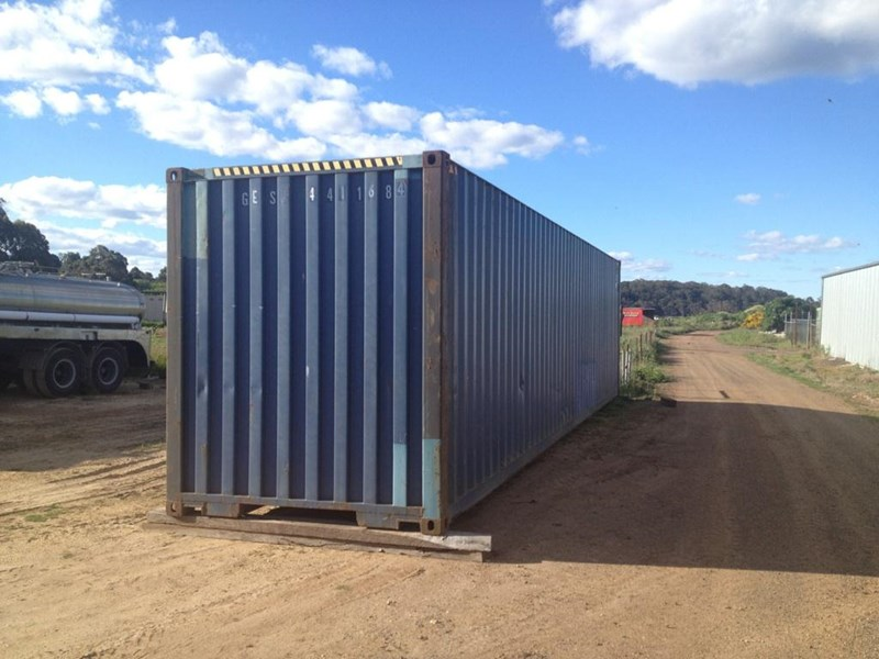 40FT HIGH CUBE SHIPPING CONTAINER for sale