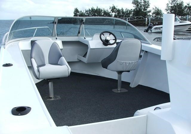 formosa tomahawk offshore 550 runabout 179763 009