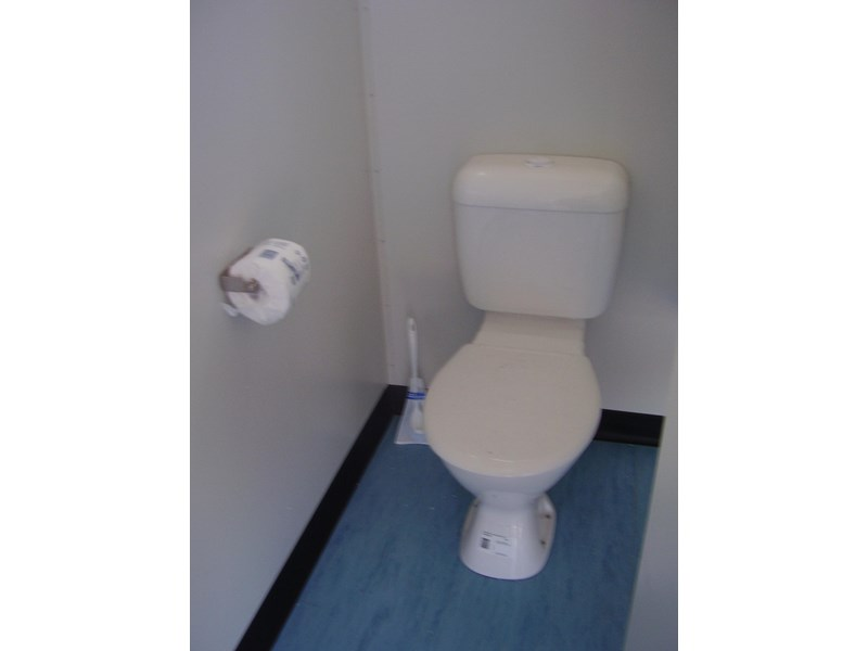mcgregor 6.0m x 3.0m toilet block 188957 009