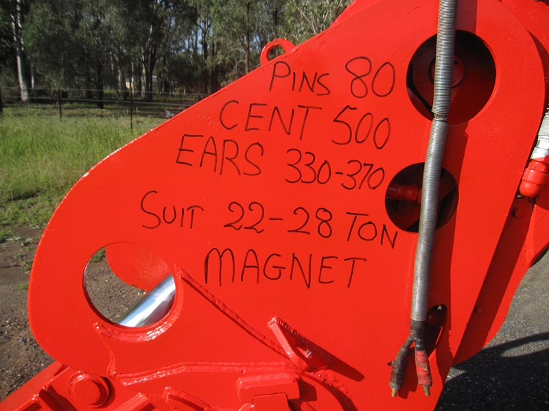 used magnetic 190893 002