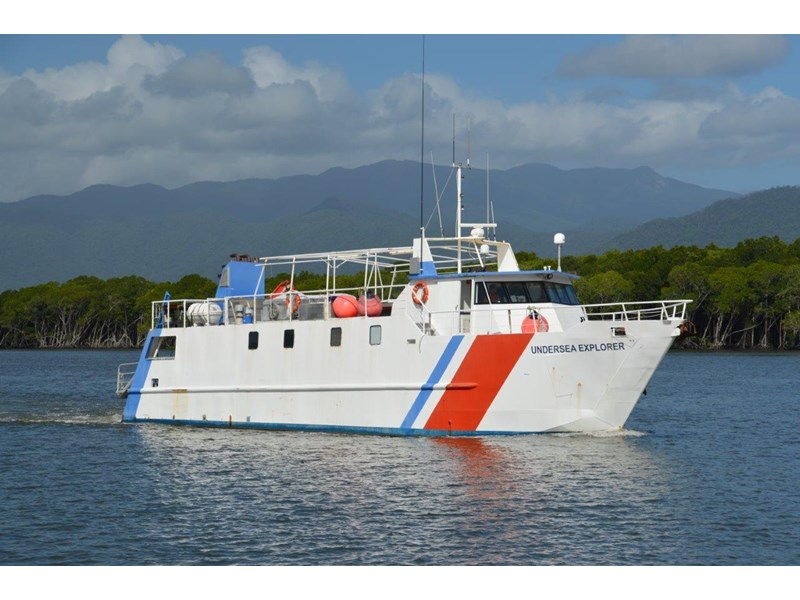 dive charter/accommodation vessel in survey - class 1b for 28 pax 197216 001