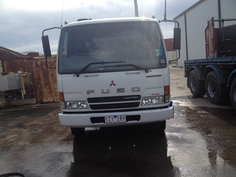 fuso fighter 199432 002