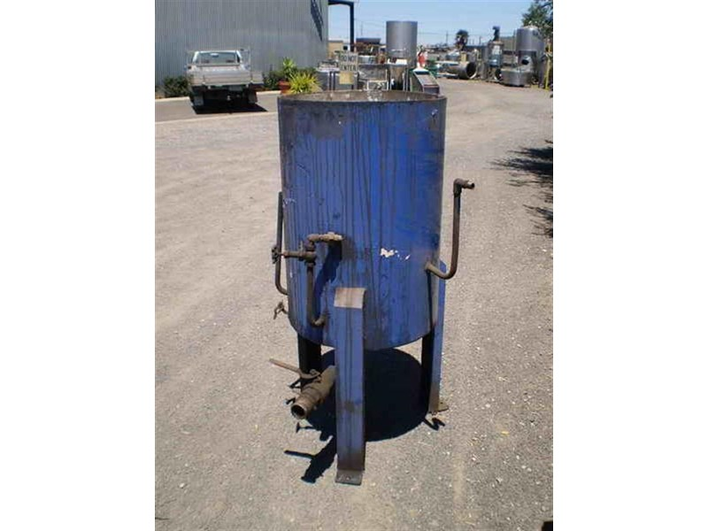 unknown mild steel heating tank 209637 001