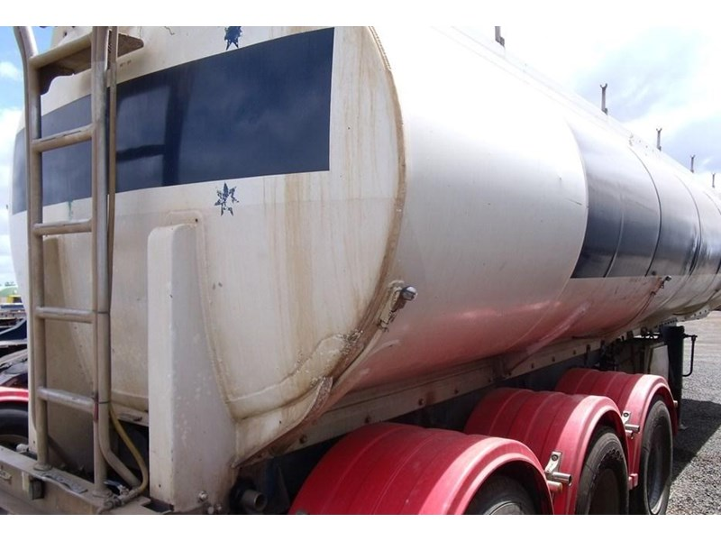custom hockney tri axle water tanker 212881 001