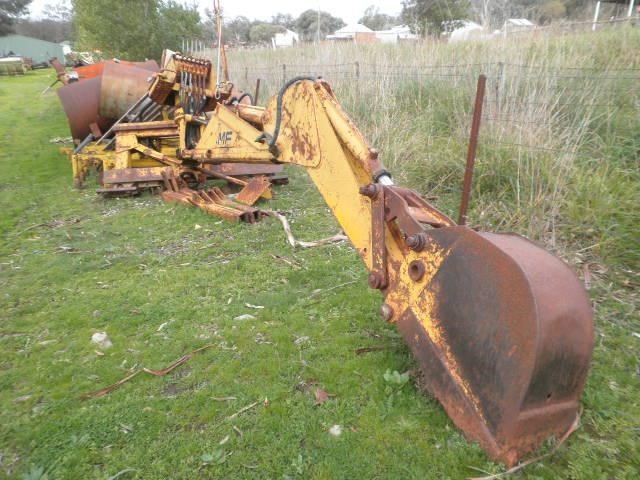 MASSEY FERGUSON BACKHOE for sale