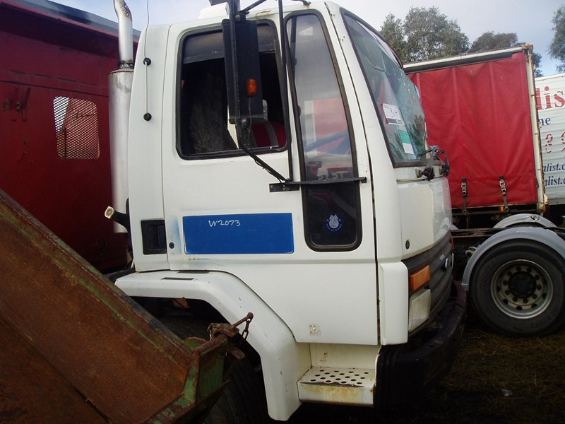 ford cargo 216332 002