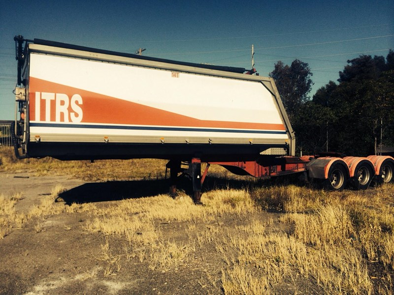 byrne fixed tipping trailer 220271 001