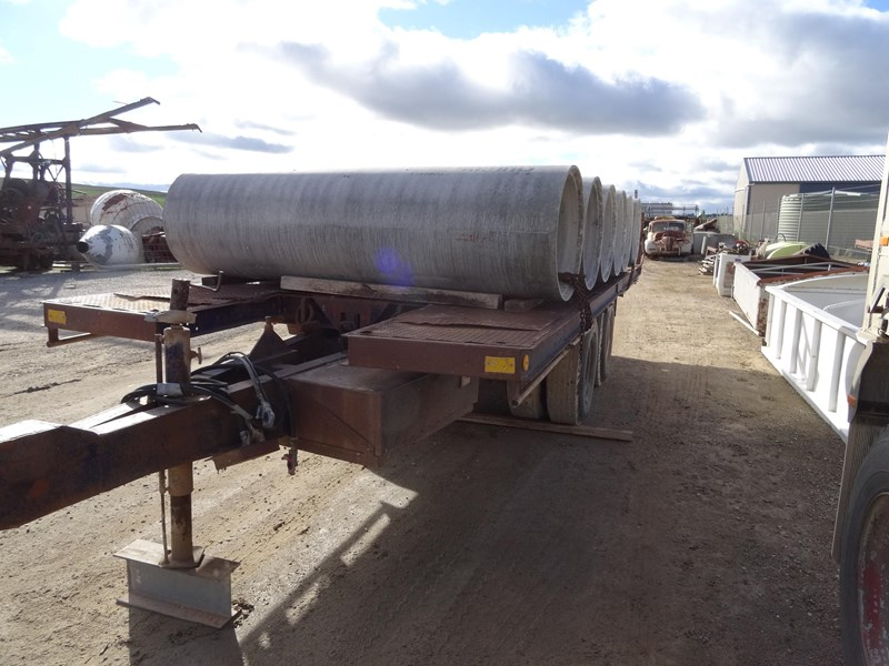 freighter tag trailer 220472 002