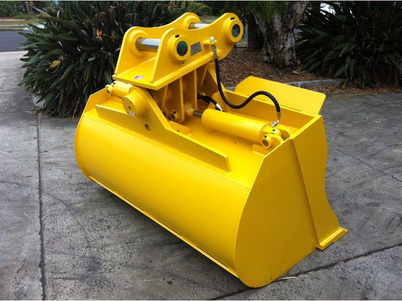 peter gardner engineering tilting excavator buckets 218142 002