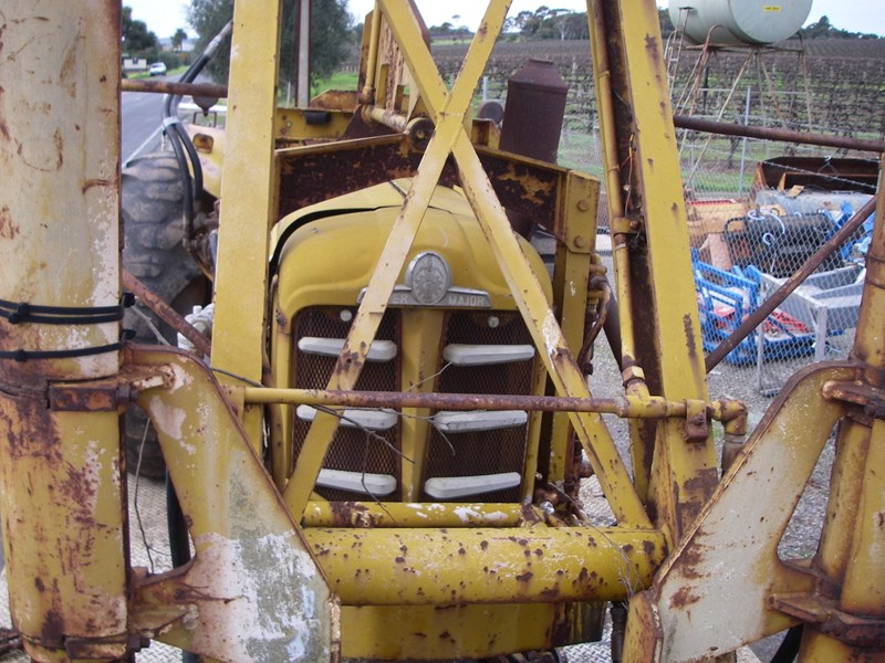 cranvel mobilift crane (wrecking parts only) fordson super major powered 220944 005