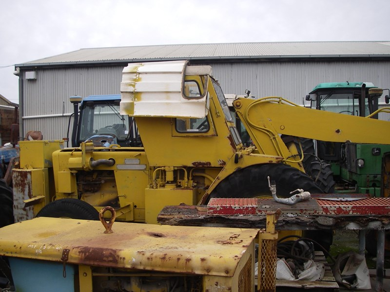 john deere tractor crane (wrecking parts only) tc23 mobilift 220962 003
