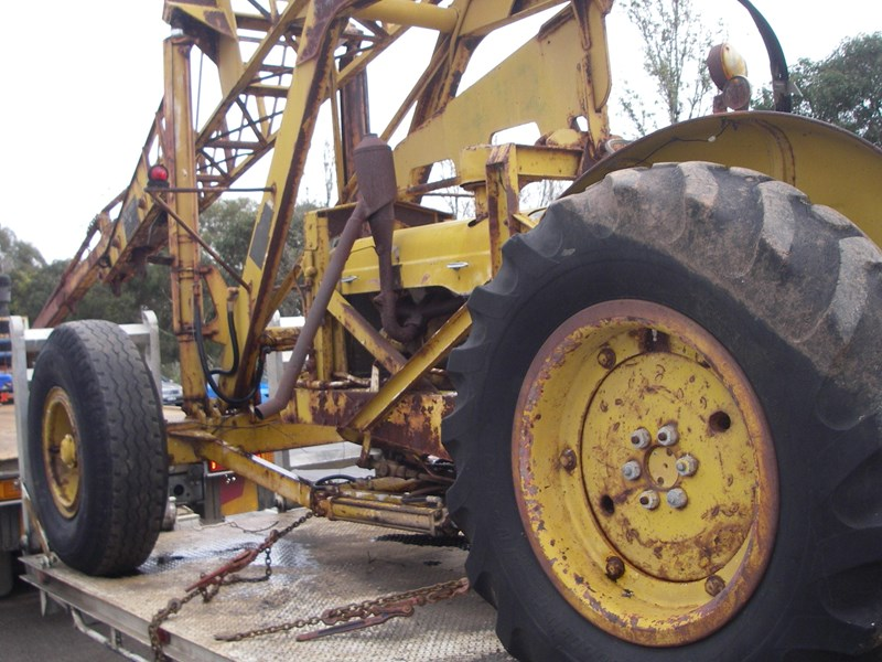 cranvel mobilift crane (wrecking parts only) fordson super major powered 220944 008