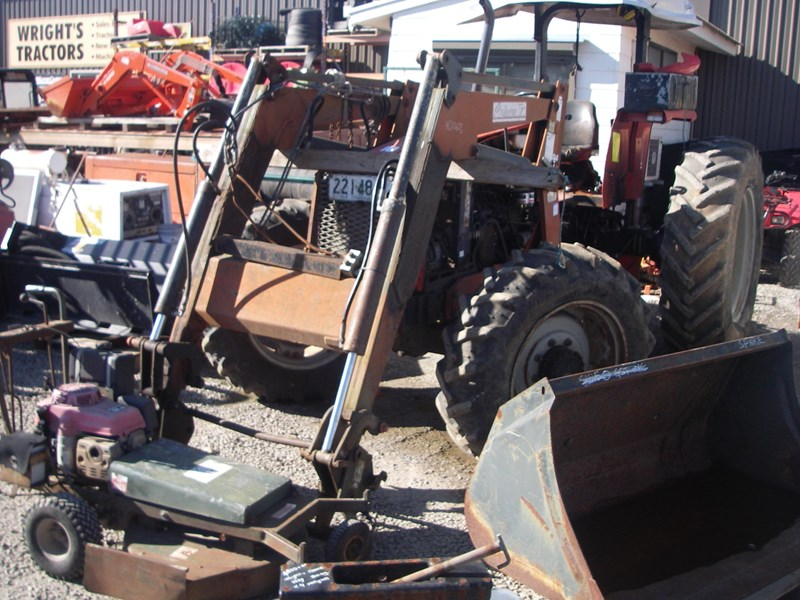 Tractor Massey Parts Ferguson Diagram85brakes : Massey ferguson tractor with fel wrecking parts only