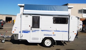 Goldstream RV 16' - Single Beds