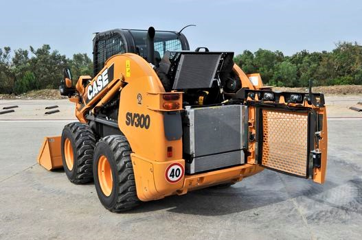 Case SV300 Wheel Skidsteer