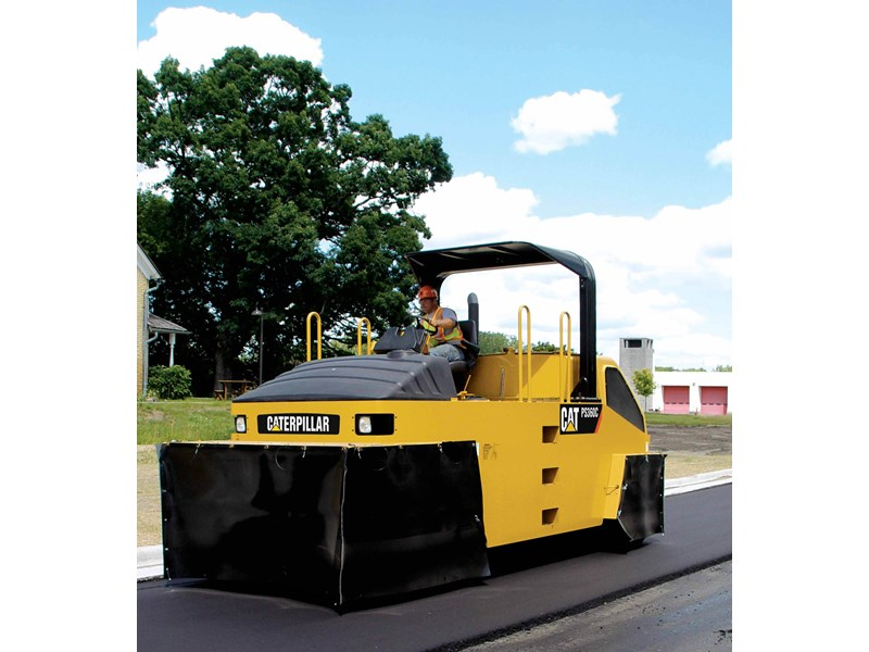 Caterpillar PS150C Roller