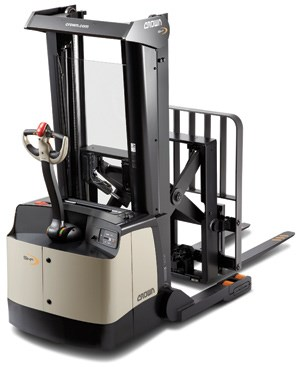 Crown SHR Walkie Stacker
