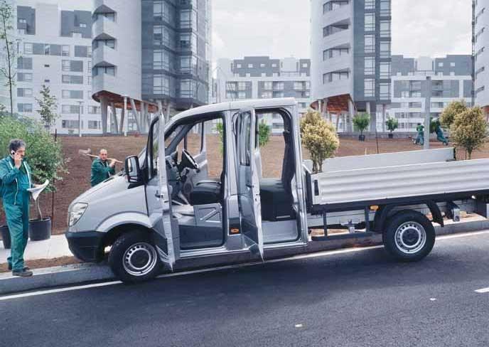 New mercedes benz sprinter 519 cdi lwb dual cab chassis for Mercedes benz sprinter chassis