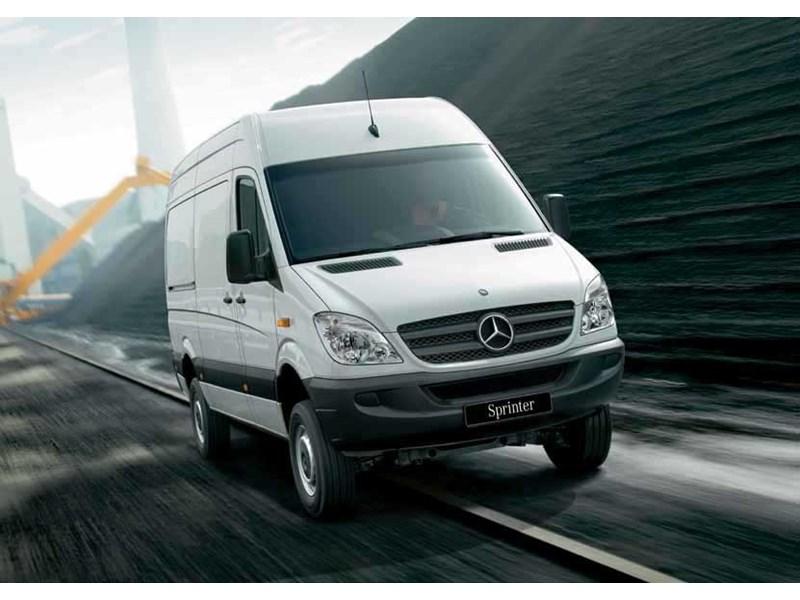 New mercedes benz sprinter 319 cdi mwb van light for Mercedes benz sprinter specs