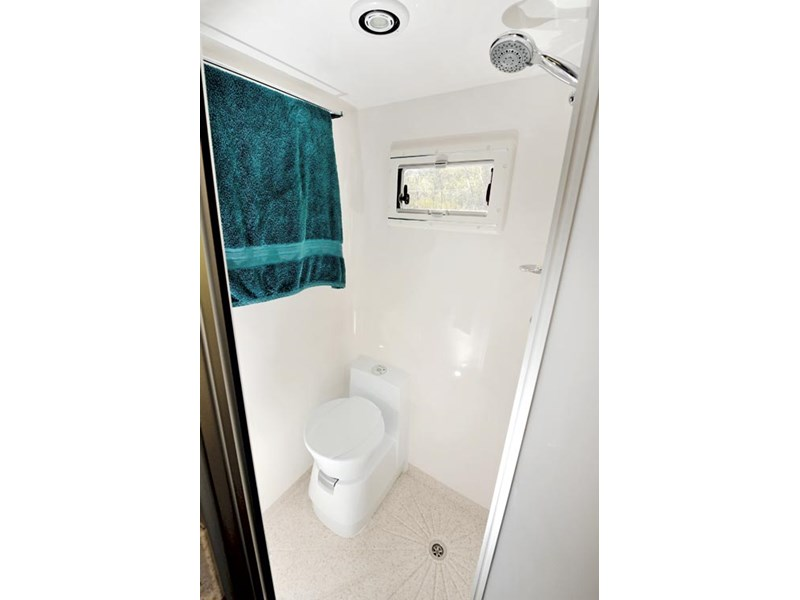 SLR Commander Bathroom