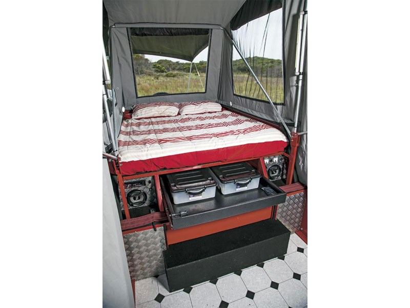 Red Rock Campers Traveller Deluxe