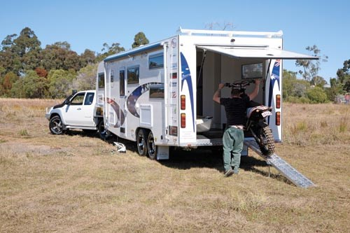 Southern Cross Adventurer 7800 Toy Hauler