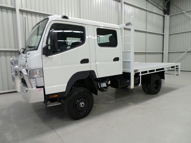 fuso canter 239043 001