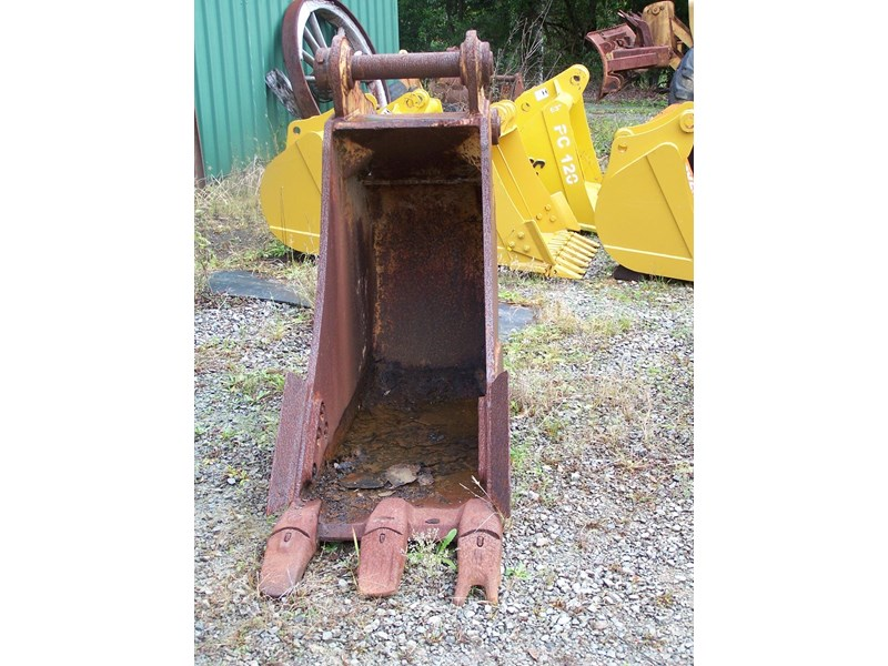 various cat 33t, cat hoe, other 6-13t tilt 239402 016
