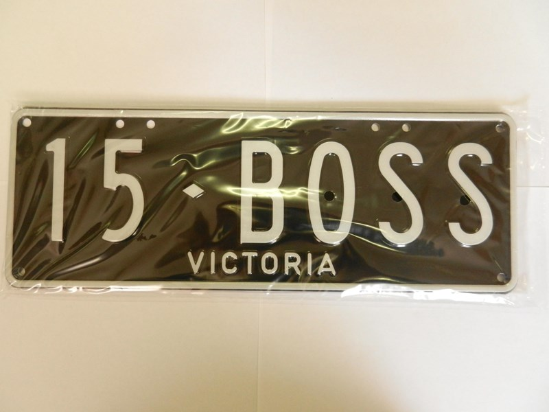 number plates 15boss 241734 001