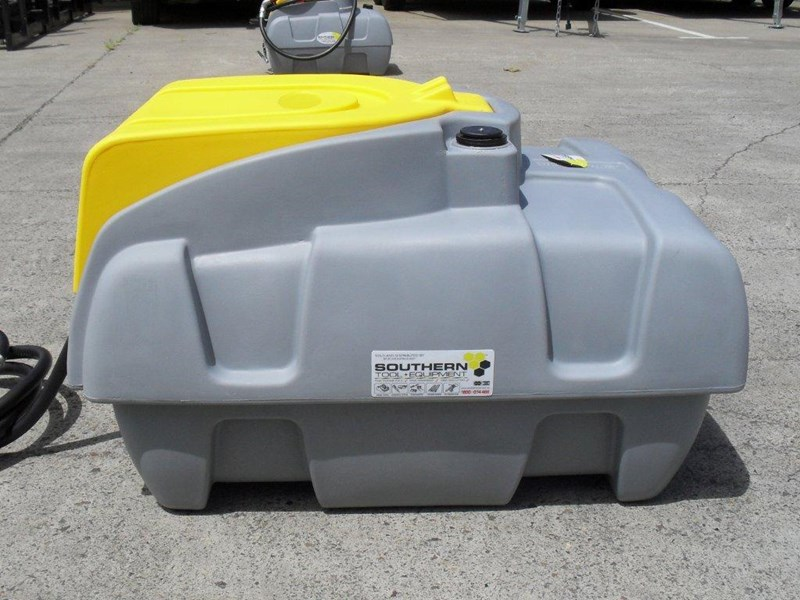 lockable & secure poly diesel fuel tank 200l / diesel unit [dmp200-std] [tfpoly] 243018 005