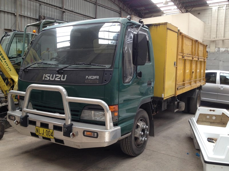 isuzu nqr450 long 244267 001