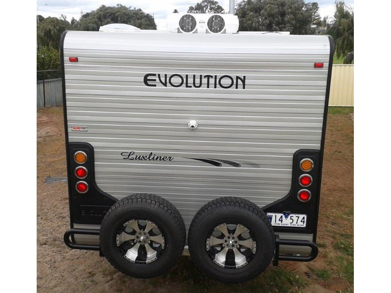 evolution luxliner 22'8'' 246623 009