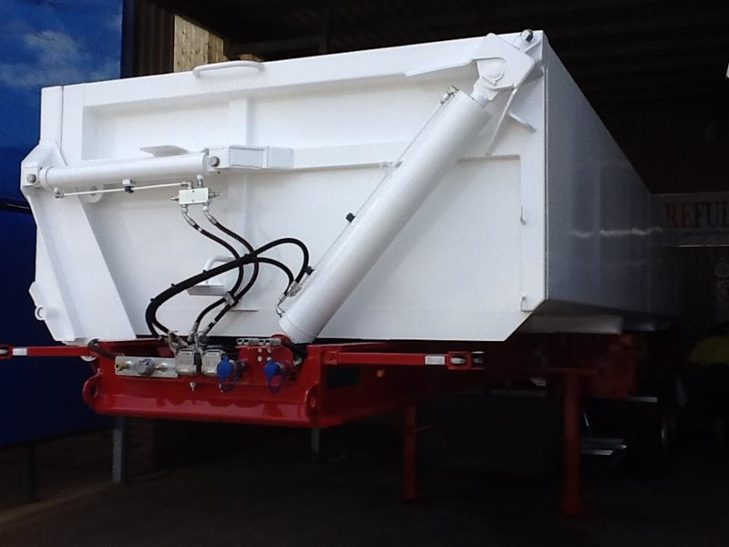 haulmark triaxle side tipper 250540 003