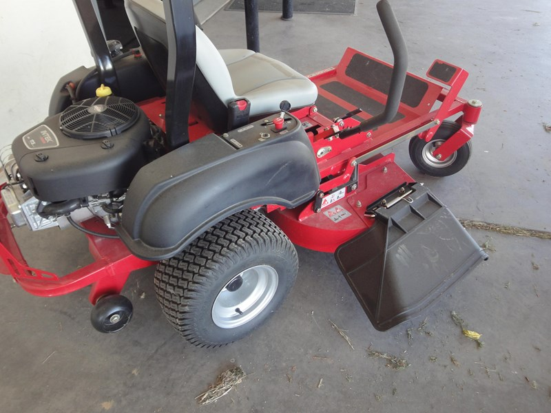 big dog zero turn lawn mower 26825 005