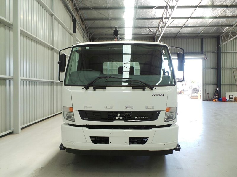 fuso fighter 1627 259110 007