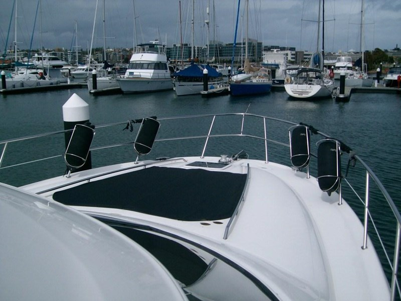 sea ray 48 flybridge 236112 004
