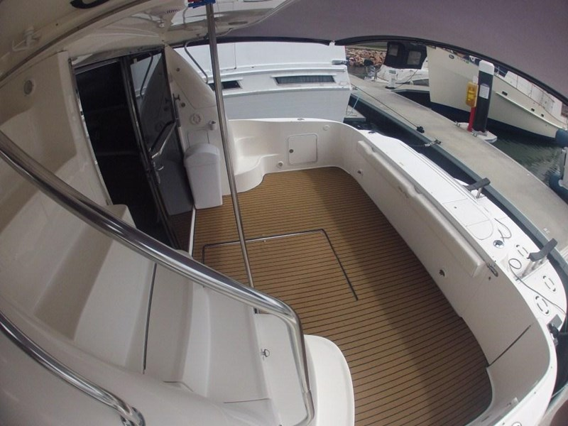 sea ray 48 flybridge 236112 005