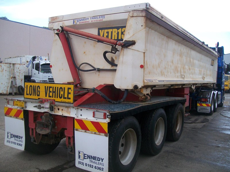 kennedy 3/2012 side tipper 259732 004