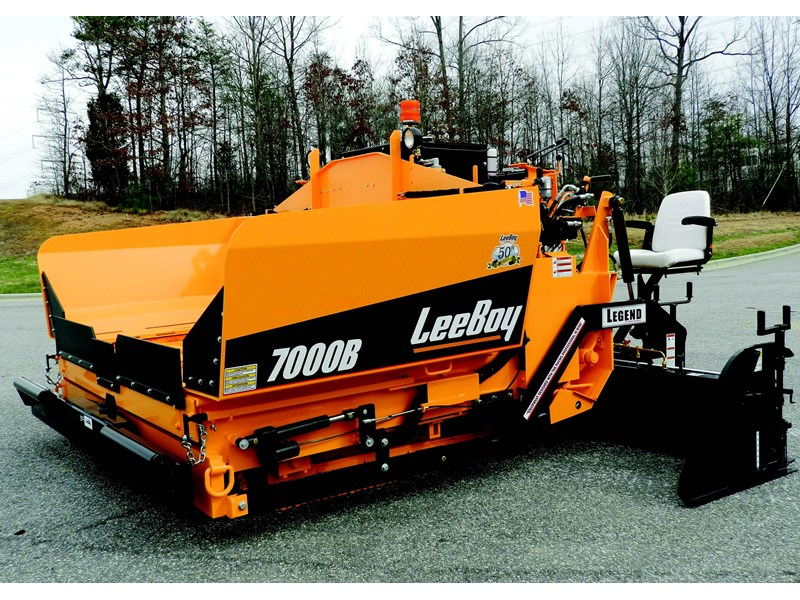 2015 Leeboy 7000b Conveyor Paver For Sale