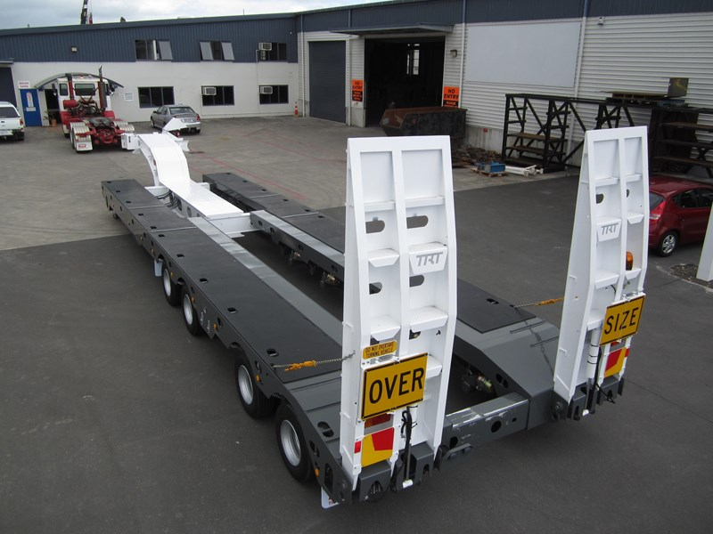 trt new trt quad axle widening low loader 193886 001