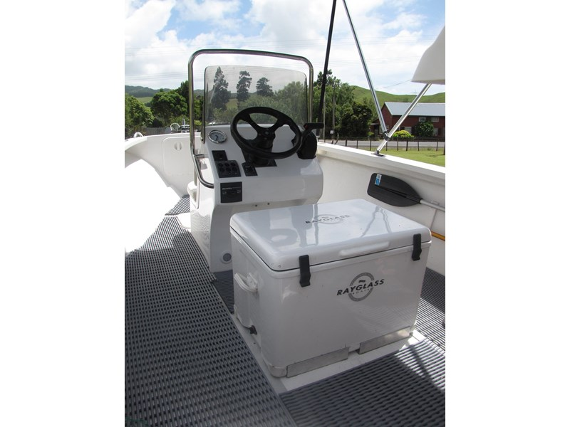 sea ray centre console 275181 010