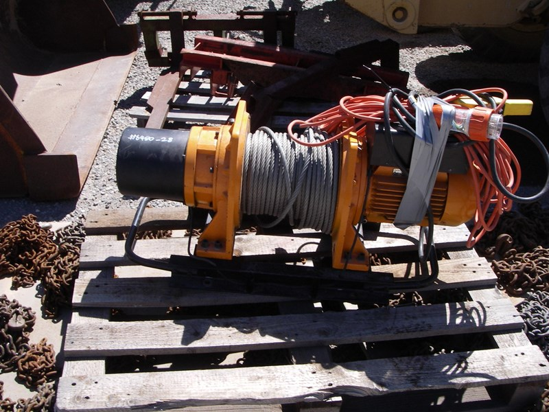 beaver pull lift bpl3100 electric winch 277094 005
