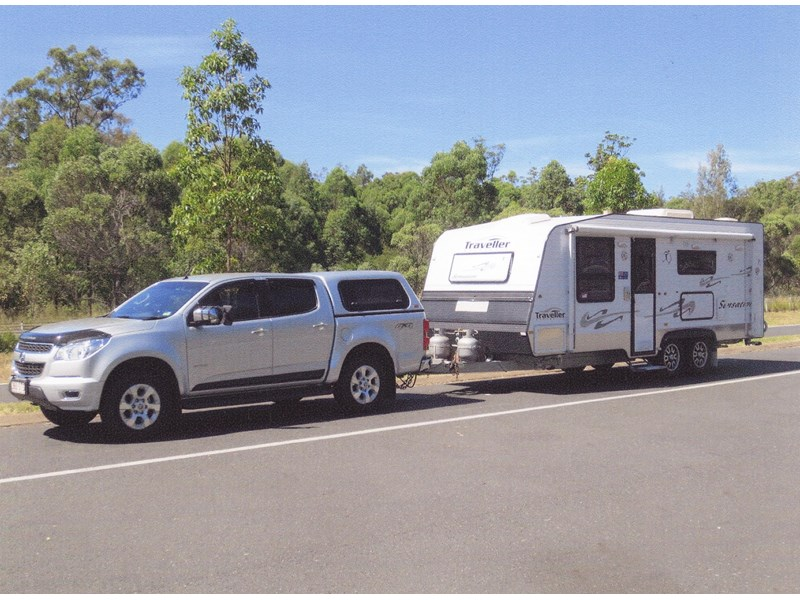 traveller 2011 sensation + 2012 colorado 281645 001