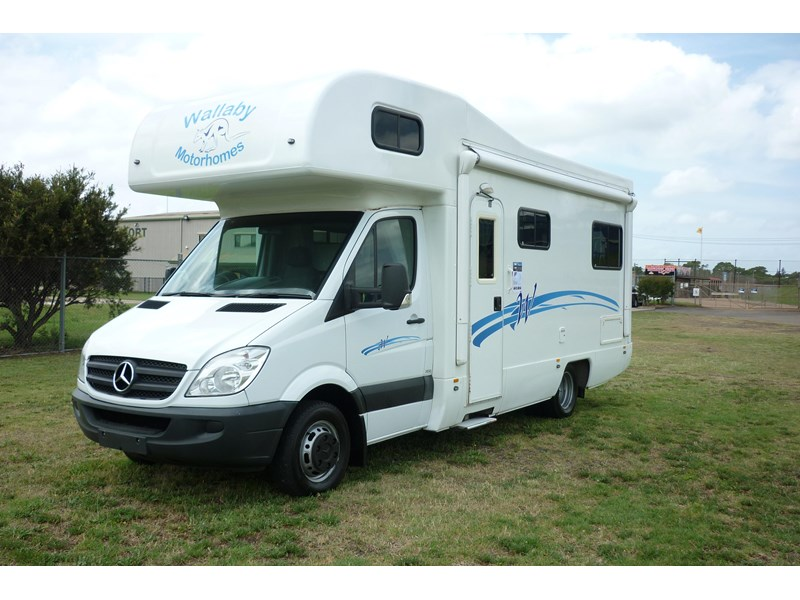 mercedes-benz sprinter lake 5 berth 282777 002